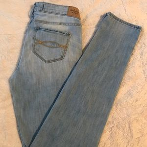 Denim - Abrecombie & Fitch jeans